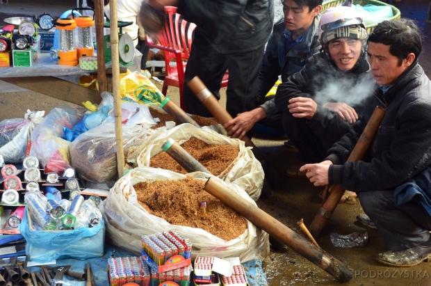 Wietnam, Bac Ha, market - zakurzysz?
