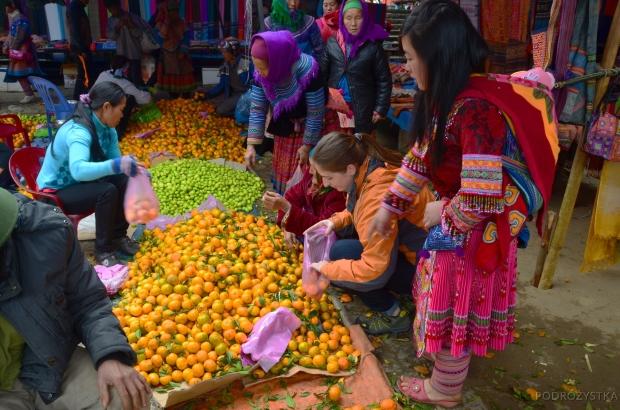 Wietnam, Bac Ha, wśród kobiet z mniejszości Hmong