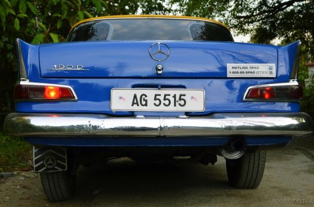 Malezja, Cameron Highlands, taksówka - Mercedes 190D, rocznik 1960'