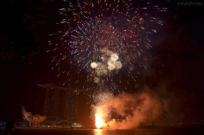 Singapur, CNY 2015, fajerwerki nad Mariną