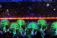 Singapur, parada Chingay 2015, świecące drzewka