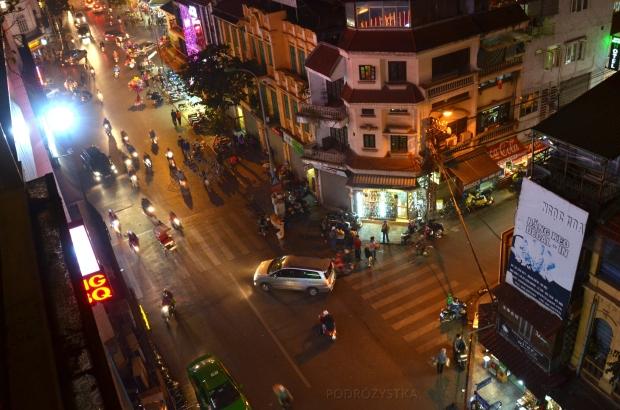 Wietnam, Hanoi, wieczorna ulica