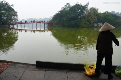 Wietnam, Hanoi, most na wyspę ze świątynią Ngoc Son