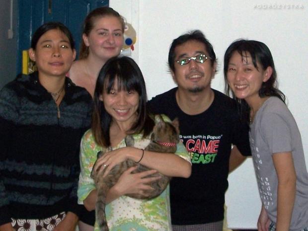Singapur, Ale, Sharon z Aiką na rękach, Ichiro i Yuko