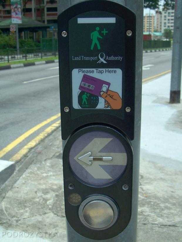 Singapur, czytnik kart do wydłużenia czasu zielonego światła na przejściu dla pieszych