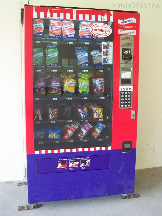 Singapur, automat z chlebem