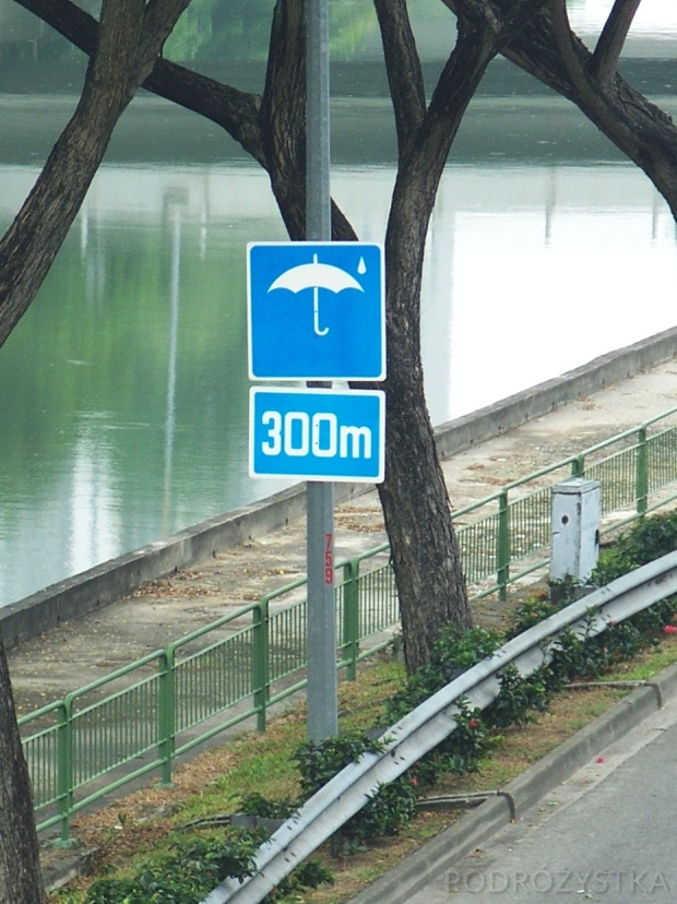 Singapur, znak przy drodze