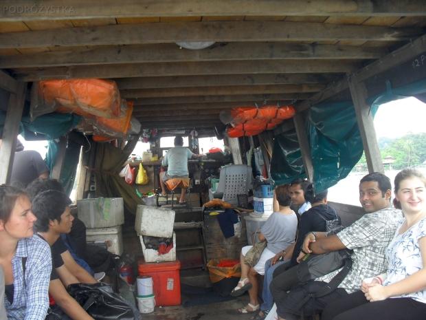 Singapur, w drodze na wyspę Pulau Ubin, łajbą, które na pewno przeszła wszystkie kontrole..