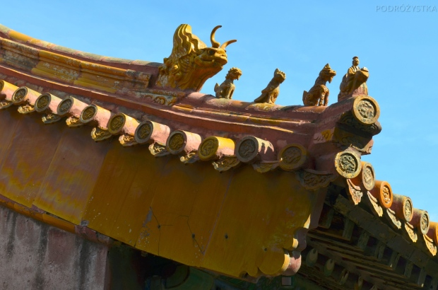 Chiny, Pekin, Zakazane Miasto, zdobienia na dachu