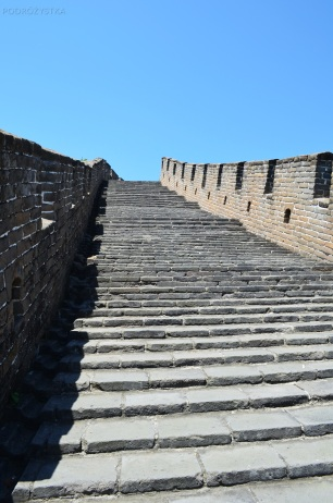 Chiny, okolice Mutianyu, Wielki Mur Chiński, schody do nieba?