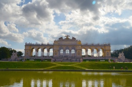 Austria, Wiedeń, glorieta w ogrodzie pałacu Schonbrunn