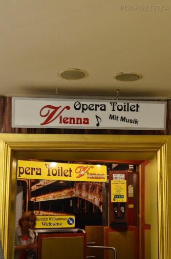 Austria, Wiedeń, toaleta z muzyką operową