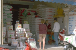Kambodża, Phnom Penh, sklep z ryżem