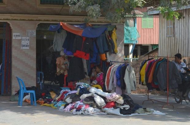 Kambodża, Phnom Penh, lumpeks - wersja kambodżańska