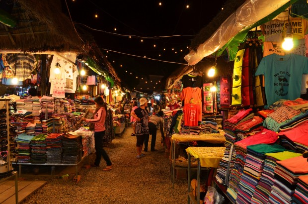Kambodża, Siem Reap, night market