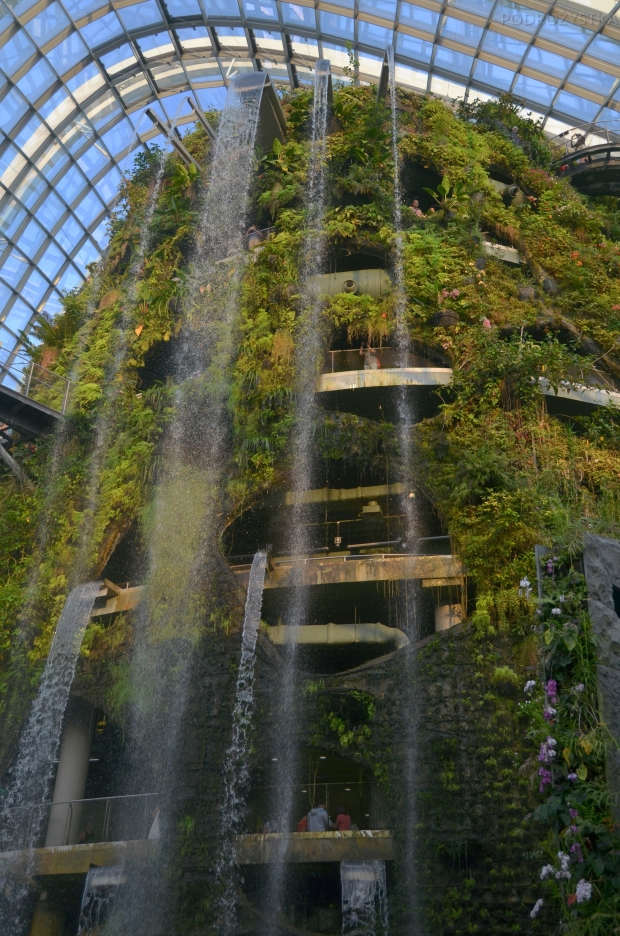 Singapur, Gardens by the Bay, Cloud Forest, wodospad