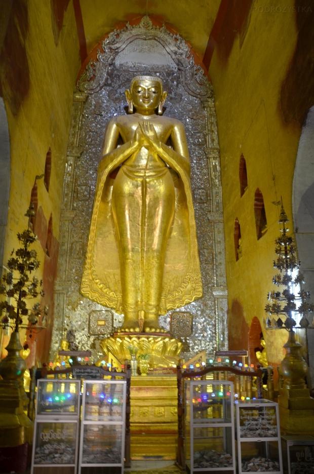 Birma (Mjanma), Bagan, Figura Buddy w świątyni Ananda Phaya