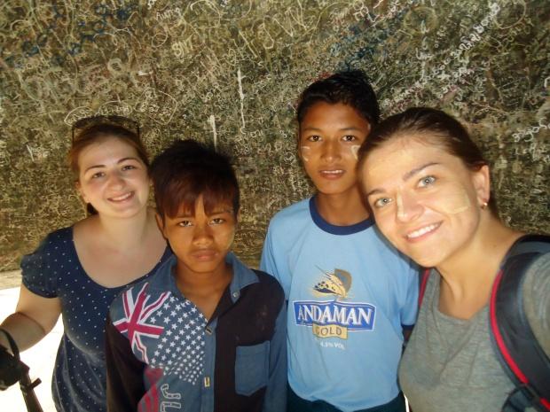 Birma (Mjanma), Mingun, Mingun Bell - selfie w dzwonie!