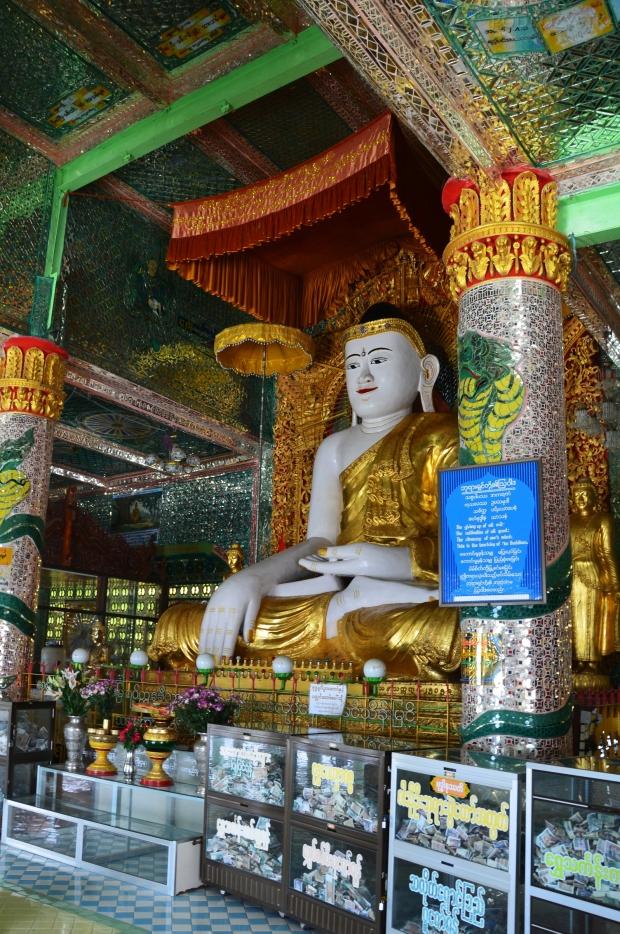 Birma (Mjanma), Sagaing, Budda w Soon U Ponya Shin