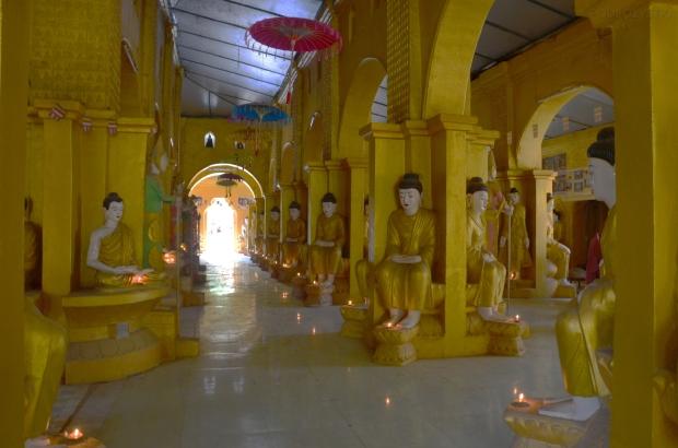 Birma, Amarapura, Kyaw Aung San, budda na każdym rogu