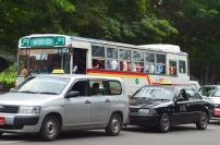 Birma, Yangon, autobus w drodze do Shwedagon Pagoda