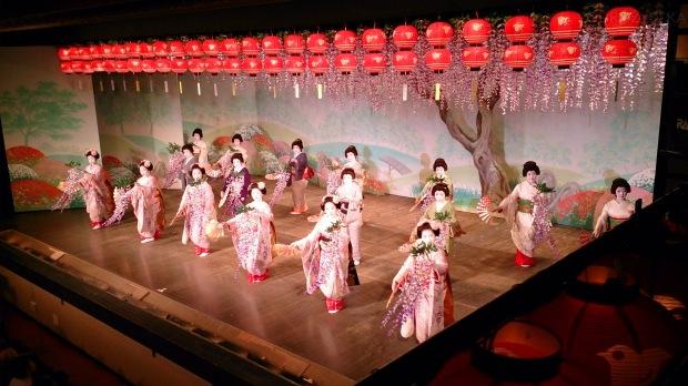 Japonia, Kyoto, Ponto-cho Kaburen-jo Theatre, taniec gejsz