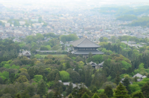 Japonia, Nara, widok ze wzgórza Wakakusayama na Todai-ji