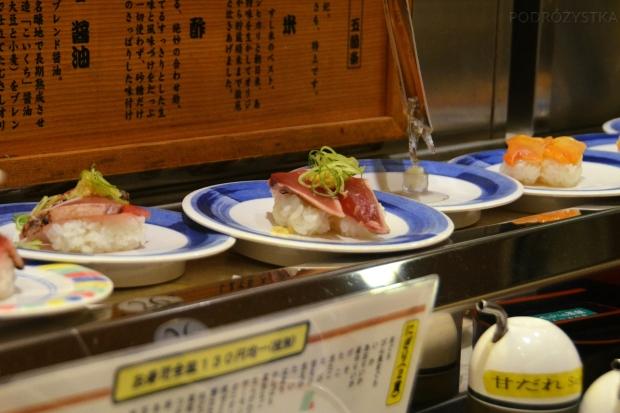 Japonia, sushi na taśmie