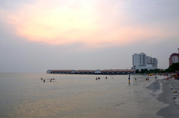 Malezja, Port Dickson, plaża Pantai Tanjung Gemok, woda, piasek, taak!