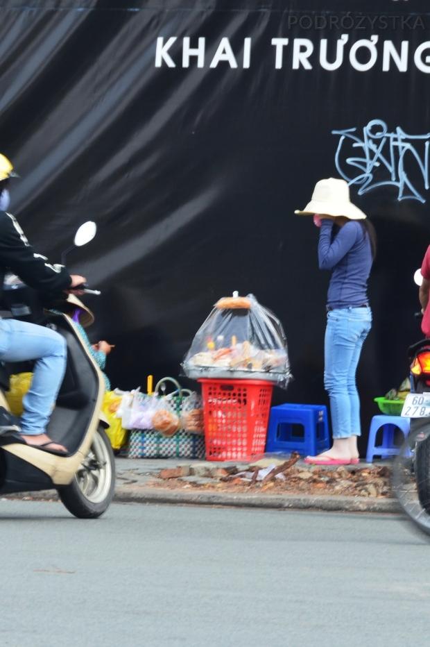 Wietnam, Ho Chi Minh City (Sajgon), street food, czyli jedzenie bardzo uliczne