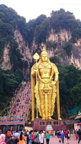 Malezja, okolice Kuala Lumpur, Batu Caves (jaskinie Batu), statua Lorda Murugana