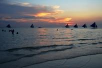 Filipiny, wyspa Boracay, White Beach (Biała Plaża), zachód słońca