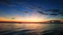 Filipiny, wyspa Boracay, zachód słońca przy Willy's Rock, White Beach