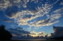 Filipiny, wyspa Boracay, wschód słońca na Bulabog Beach
