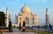 Indie, Agra, Taj Mahal - pierwsze promienie słońca