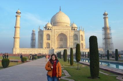 Indie, Agra, pod Taj Mahal