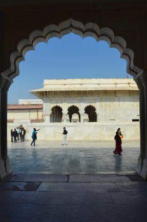 Indie, Agra, Agra Fort, widok z Bangla-I-Jahanari