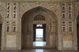 Indie, Agra, Agra Fort, wnętrze Khas Mahal, pałacu wybudowanego dla ulubionych córek Shah Jahana