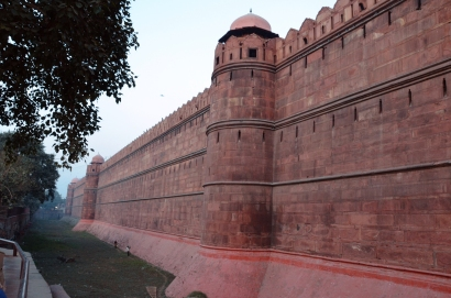 Indie, Delhi, Red Fort, mur nieopodal Lahori Gate
