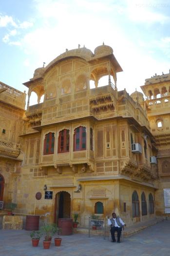 Indie, Jaisalmer, wejście do Mandir Palace