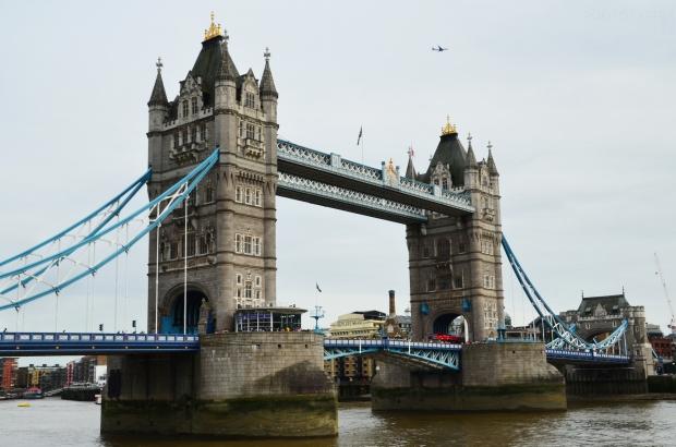 UK_I_05_Tower_Bridge_50_size_watermark