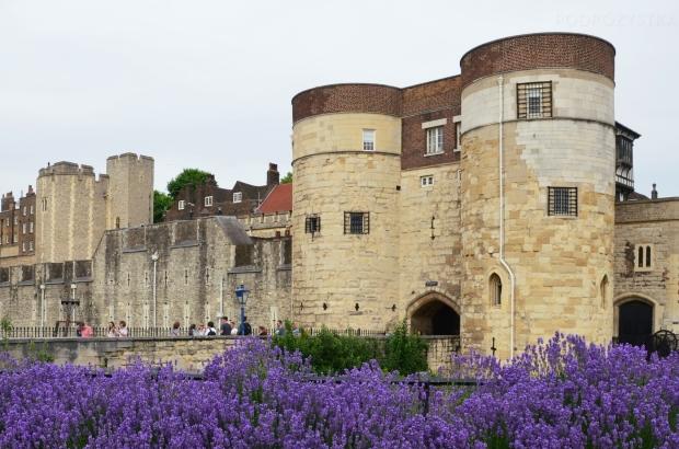 UK_I_08_Byward_Tower_50_size_watermark