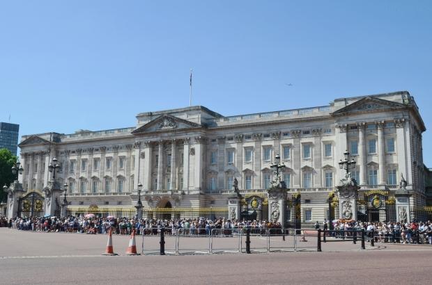 UK_III_01_Buckingham_Palace_50_size_watermark
