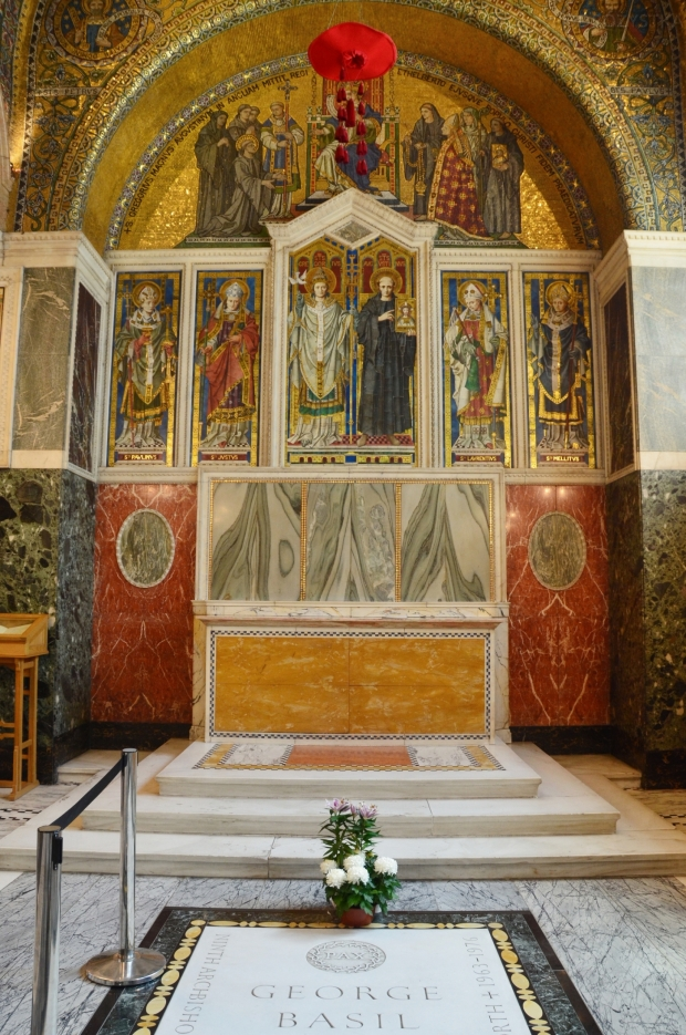 UK_III_10_Westminster_Cathedral_Chapel_of_St_Gregory_and_St_Augustine_50_size_watermark