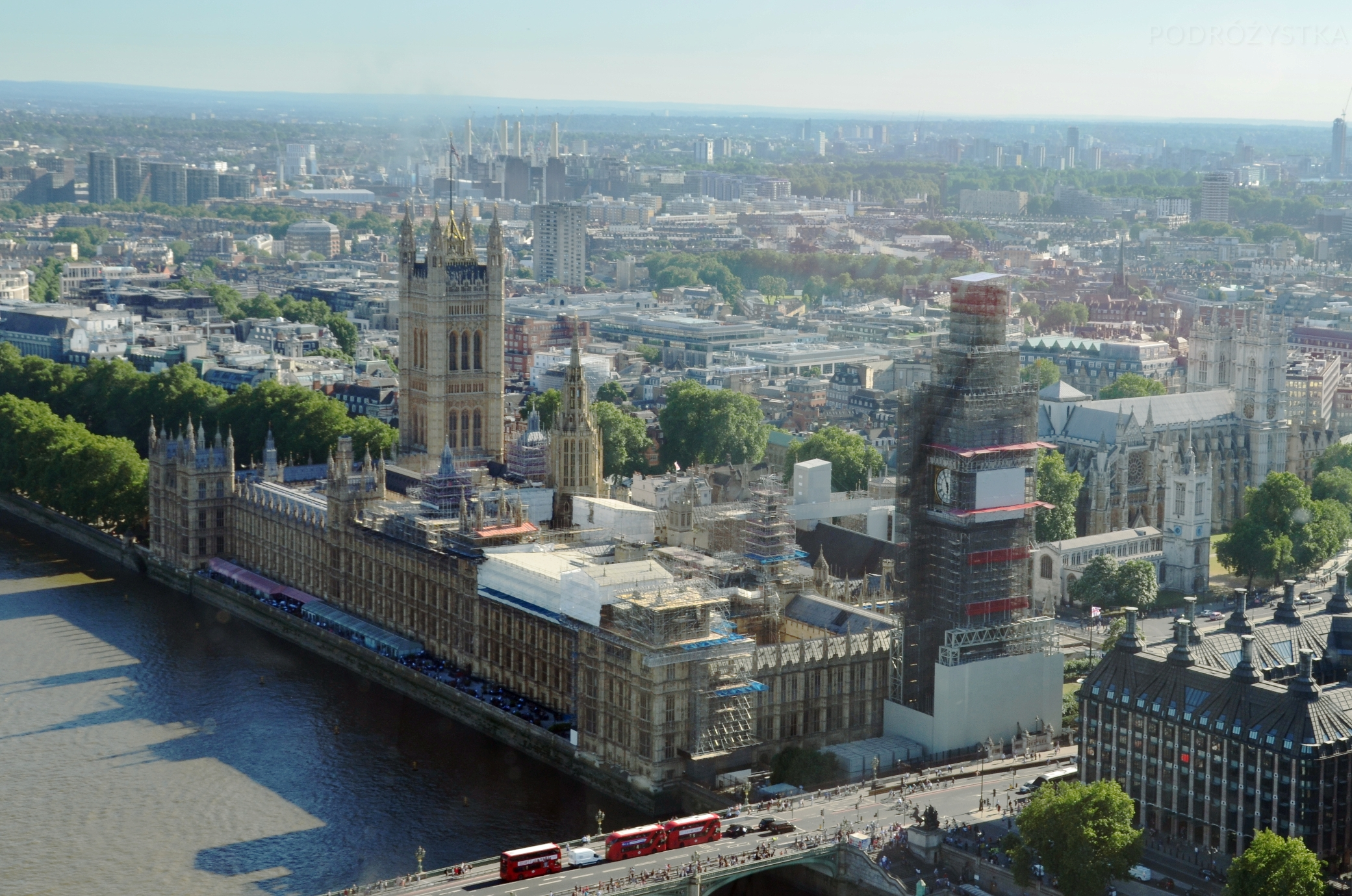 UK_III_17_London_Eye_Palace_of_Westminster_50_size_watermark